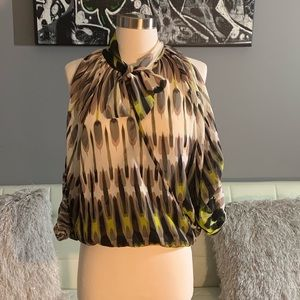 Tops - New w Tags Gracia blouse.